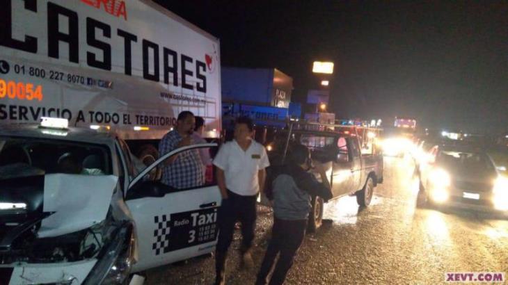 Dejan accidentes en carreteras federales, un muerto y dos heridos