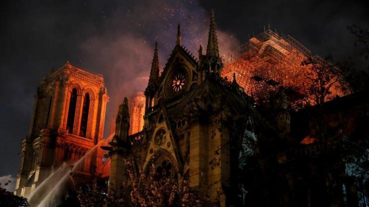 Notre Dame y el fuego nuevo