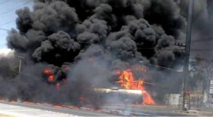 Choque provoca derrame de pipa y se incendia en Guadalupe Nuevo León
