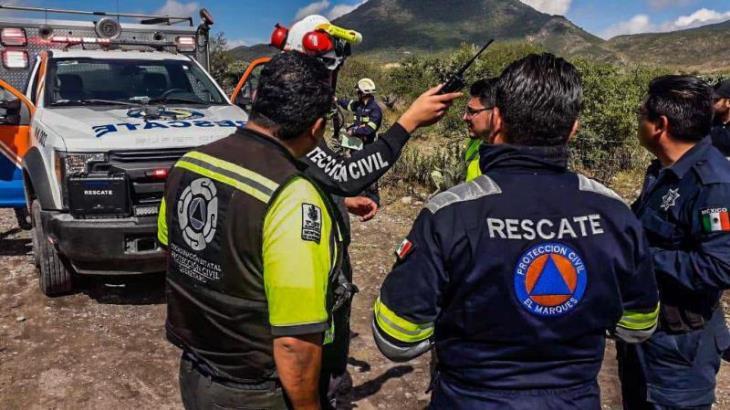 Deja 2 muertos desplome de una avioneta en Querétaro