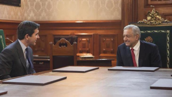 AMLO y presidente de BBVA Bancomer anuncian inversión de 3 mmdp