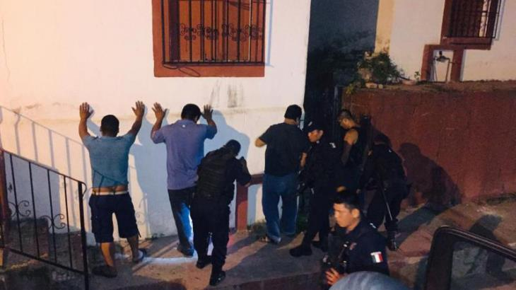 Detienen en Tacotalpa a cinco involucrados en robos y asaltos