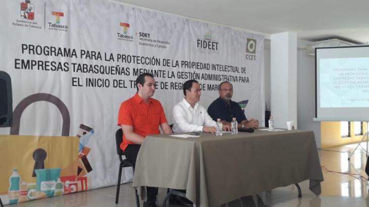 Entregan 56 títulos de marca emitidos por el Instituto Mexicano de la Propiedad Industrial a micro y pequeños empresarios