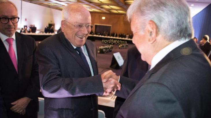 Kimberly Clark ya no invertirá en México por políticas de AMLO