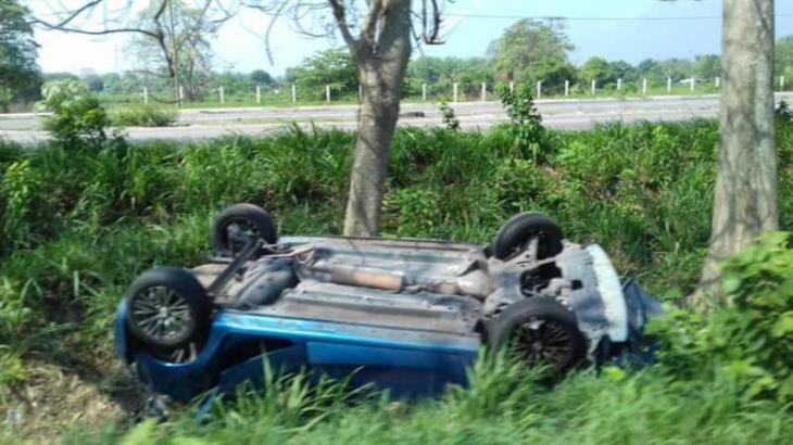 Rescatan a menor atrapada, tras accidente en la Villahermosa–Cárdenas
