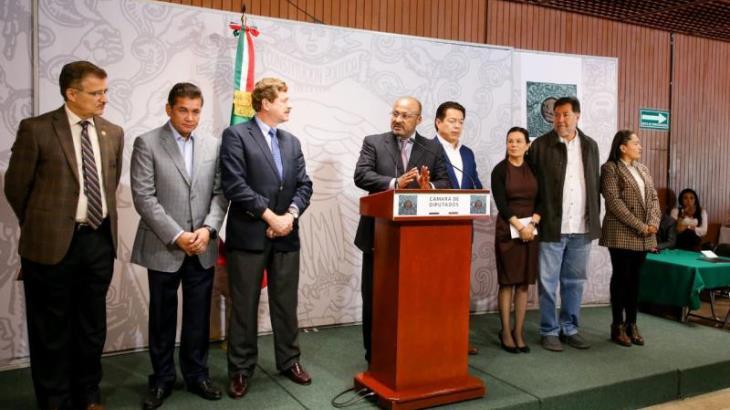 Acusa oposición que la CNTE dictó leyes secundarias de la Reforma Educativa