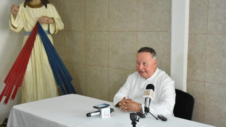 Pide Iglesia Católica buen trato del Gobierno a migrantes