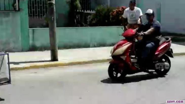 Pasan por alto Centlecos nuevas disposiciones para regular uso de motocicletas
