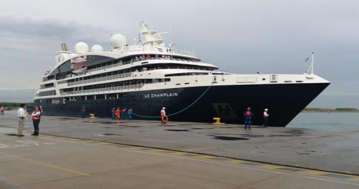 Turistas que llegaron a Dos Bocas en crucero, prefirieron visitar Palenque