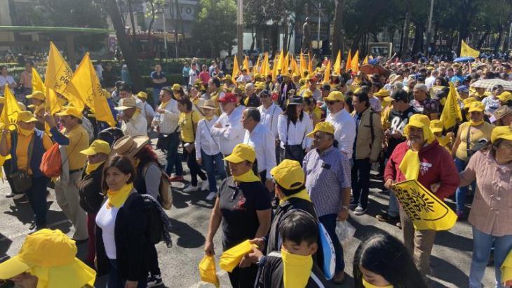 Piden perredistas a López Obrador, seguridad, paz y respeto a la democracia
