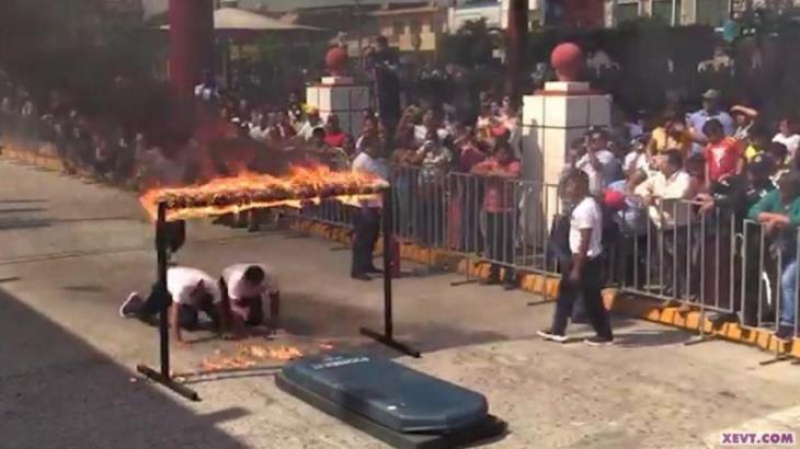 Con  quemaduras de segundo grado policía de Cunduacán, tras lesionarse en desfile cívico: Alcaldesa