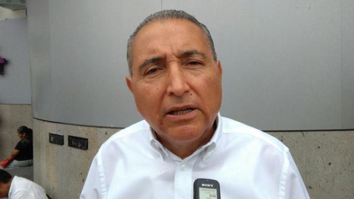 Partidos deben 'navegar' con las nuevas reglas del gobierno estatal, ante recorte de prerrogativas: Miguel Valdivia