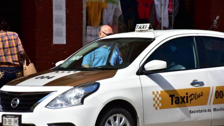 Advierte Taxi Plus aumento del costo del servicio si el taxímetro se implementa por tiempo de recorrido