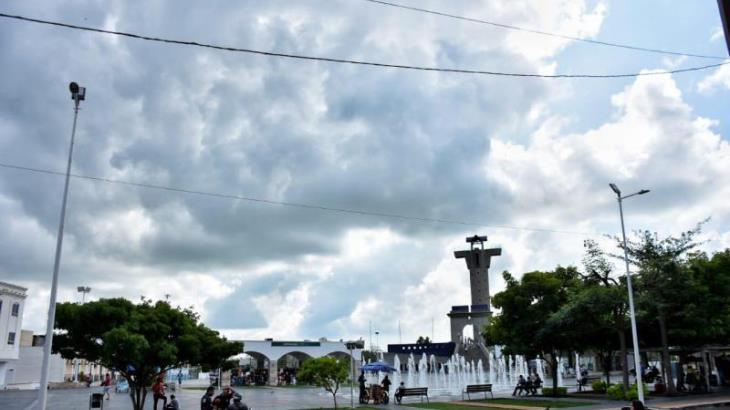Frente frío no. 4 podría dejar lluvias en Tabasco antes de debilitarse