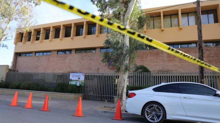 Armas usadas por menor en el Colegio Cervantes eran de su abuelo, revela gobernador de Coahuila