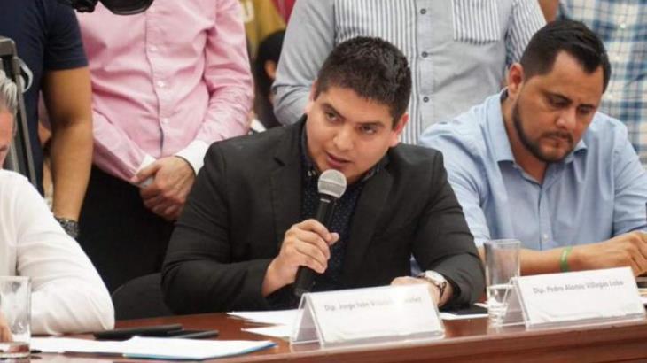 Difunden video de diputado morenista de Sinaloa teniendo relaciones sexuales en oficina del Congreso