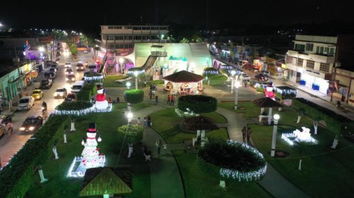 Inauguran festival navideño en Cunduacán