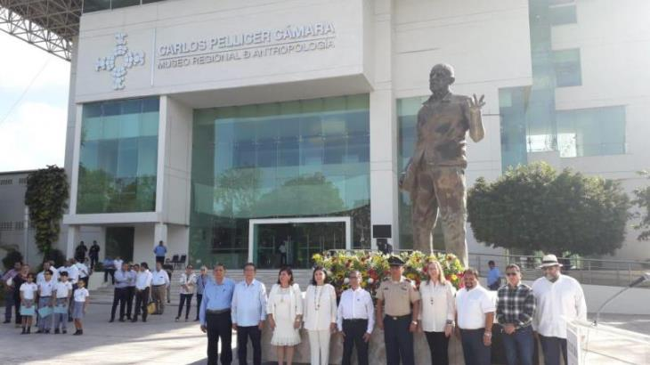 Conmemoran 123 aniversario del natalicio de Carlos Pellicer Cámara