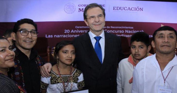 En el Día Internacional de la Educación, Esteban Moctezuma resalta el trabajo hecho en México