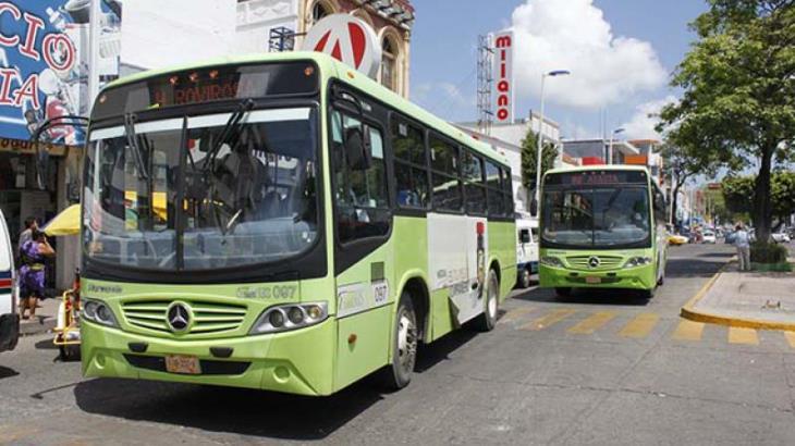 Cancela Transbus Universidad-Bicentenario tarjeta electrónica de pre pago