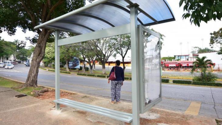 Imagen del Día: Estrenan usuarios nuevas paradas de transporte público