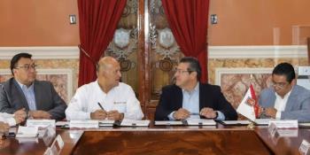 Confirman que hermano de líder sindical labora en ayuntamiento de Paraíso