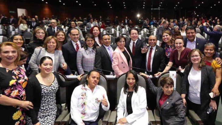 Buscan diputados de MORENA modificar la ley para avanzar en la rifa del avión presidencial
