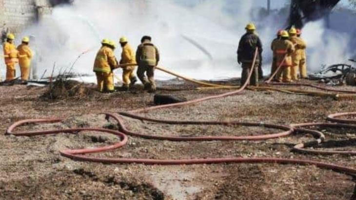 Sofocan al 100% incendio en bodega clandestina de Cárdenas