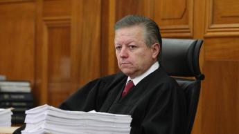"""Juzgadores piden """"corregir trasgresión constitucional""""  por ampliación de periodo a Arturo Zaldívar"""