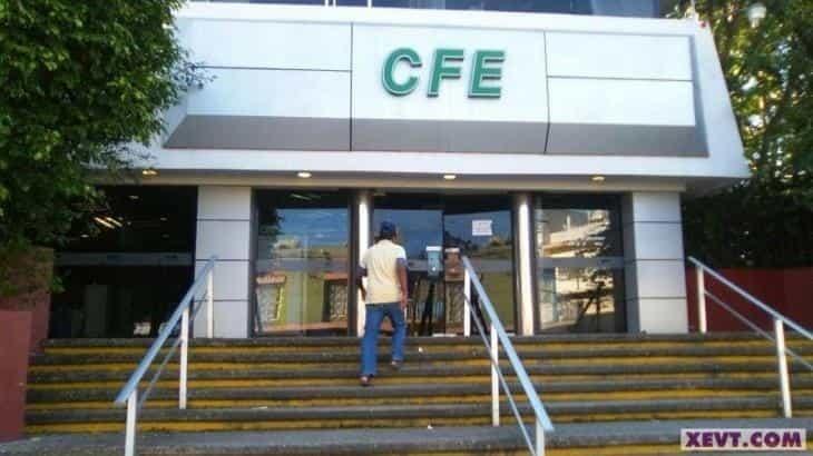 Estima Manuel Bartlett pérdida de 40 mil mdp en CFE ante baja demanda del servicio en sector industrial y comercio