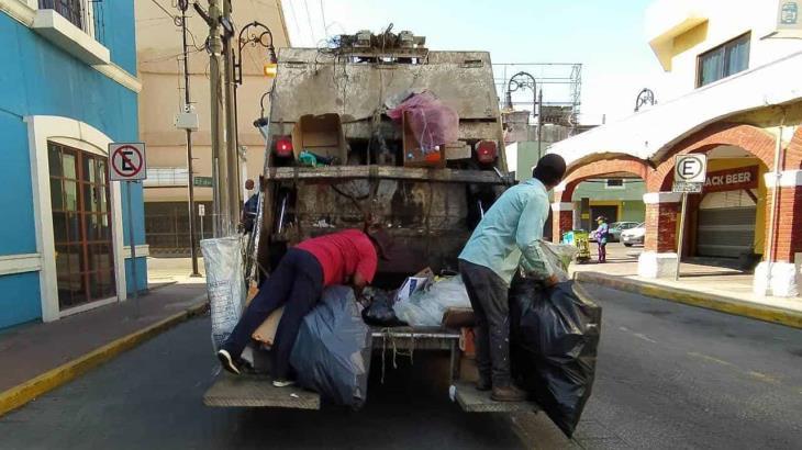 Suspenden recolección de basura en 14 localidades de Centro, por bajas en el personal de limpia