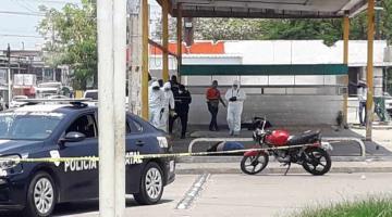 Ejecutan a balazos a presunto vendedor de drogas en Indeco