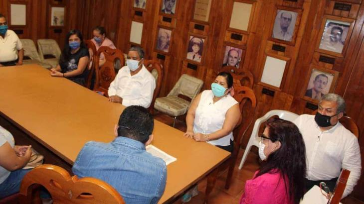 Destituye alcaldesa de Jalapa a 4 de 7 regidores que estaban en su contra