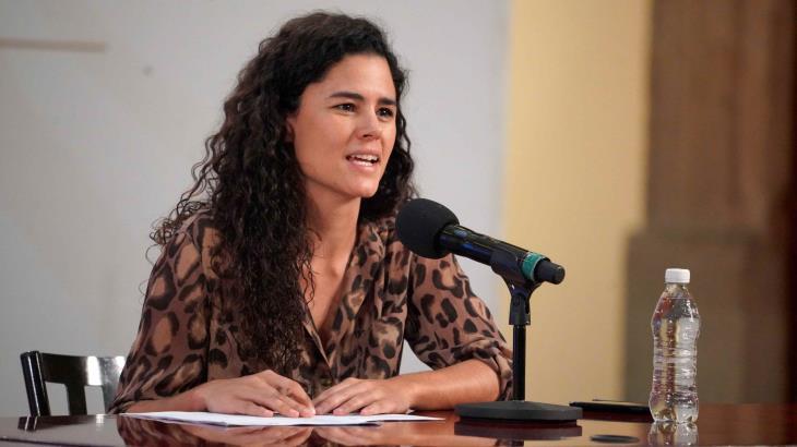 Confirma AMLO que hermana de Luisa María Alcalde trabaja en la SSPC