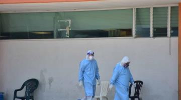 Pacientes con COVID-19 generan 1.7 kilos diarios de residuos infecciosos, advierte especialista ambiental