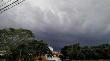 Lluvias de hasta 50 mm generaría hoy onda tropical número uno en Tabasco