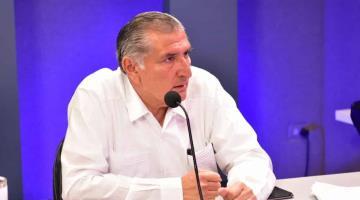 Anuncia Adán Augusto adquisición de 15 mil pruebas PCR para detectar Covid-19 y programa de aislamiento en hoteles