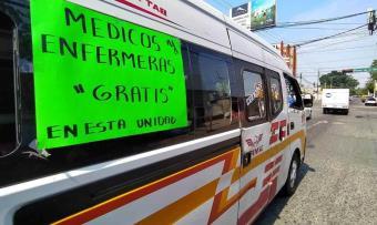 Combis de la ruta 60 dan servicio gratis a trabajadores de la salud en reconocimiento a su labor