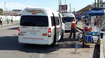 Exhibe Hoy No Circula irregularidades en transporte público en Tabasco