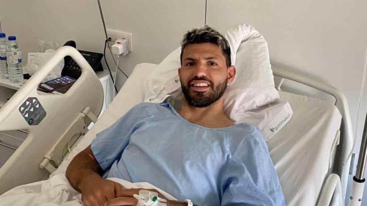 Kun Agüero sale con éxito de operación de rodilla