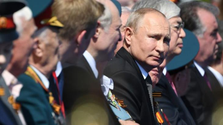 Aumenta Putin impuestos a los más ricos en Rusia; medida entrará en vigor en 2020