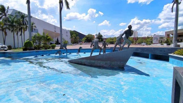 Realizan recorrido virtual en parques y Zona Luz en el marco del 456 aniversario de la fundación de Villahermosa
