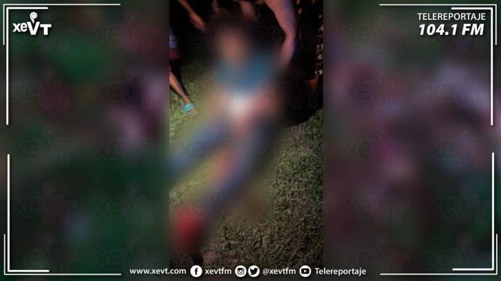 Se accidenta policía que viajaba en su moto... en Jalpa