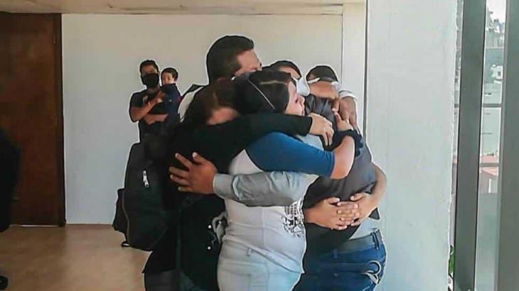 Hace 30 años Adán Tolentino se perdió en la Central de Abastos de la CDMX, hoy se reúne con su familia