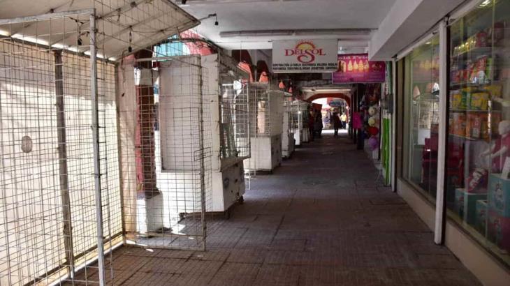 Prevén ambulantes de la Zona Luz reabrir locales mañana o en primeros días de julio