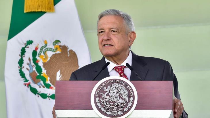 Subraya López Obrador que no va a EU a pedir crédito, o a hacer política electoral