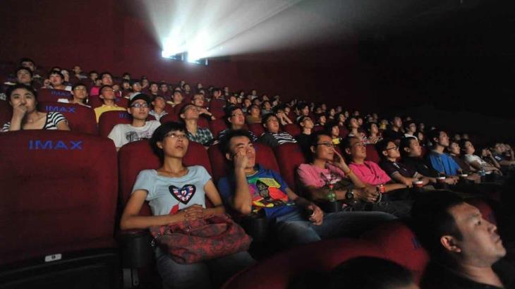 Cines en China reabren pero sin palomitas para los asistentes... y con distancias entre las butacas