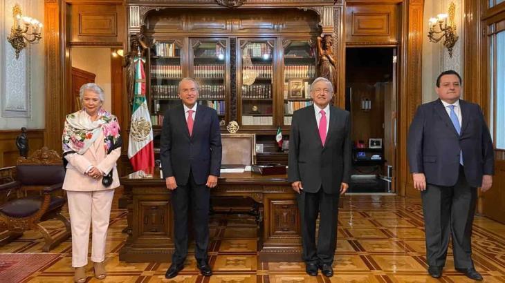 Atestigua Obrador relevo en la presidencia de la CONAGO