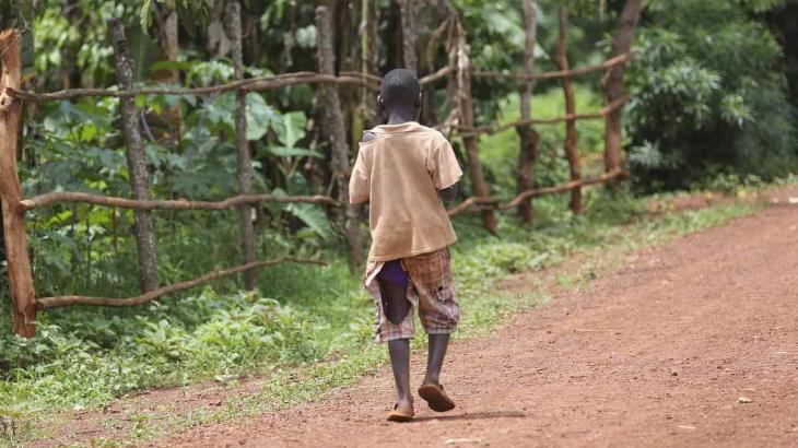 Propone la ONU ingreso mínimo para ayudar a los más pobres y frenar propagación del Covid