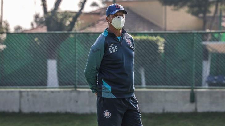 La Liga MX piensa en lo económico y no en la salud, acusa Siboldi